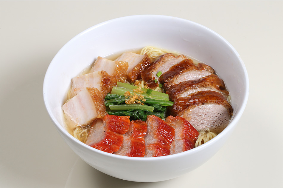 Assorted Hong Kong BBQ (3 kinds) with Egg Noodle soup: 240 Baht